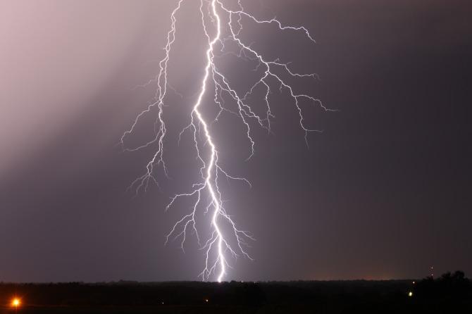 lightning-night-sky1